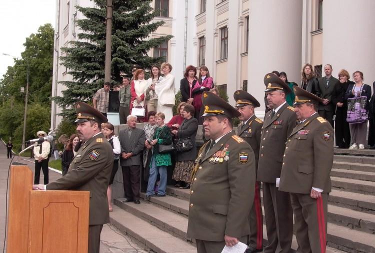 И. С. Колесниченко на выпуске офицеров ВВИ