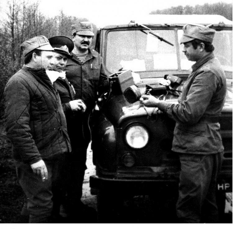 генерал А.Н.Трегуб, В.П.Ветров,Е.Н.Панковец, 30 км.зона ЧАЭС. 1986г