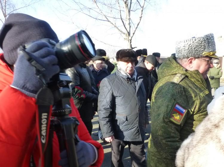 генерал В.П. Ветров на возложении венков в УссСВУ