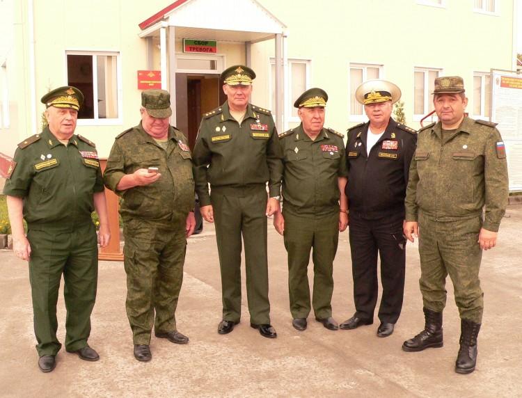 ветераны МТО с командованием