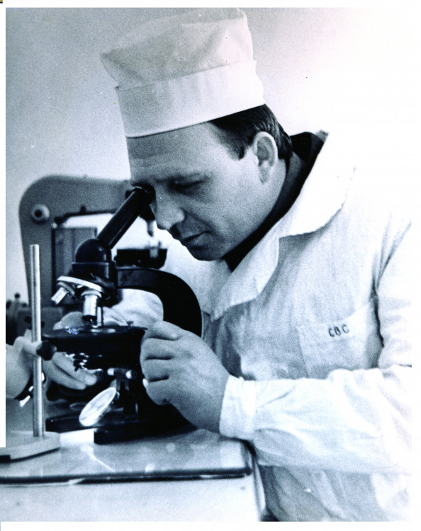 Виталий Ветров. военный микробиолог 401 ВЛ. Сахалин