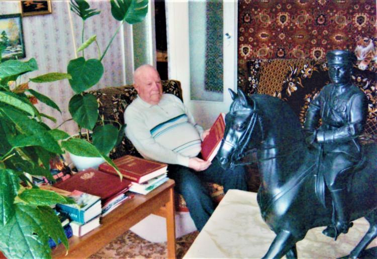 Участнику ВОВ полковнику ветеринарной службы А.Ф. Занозину - 97 лет