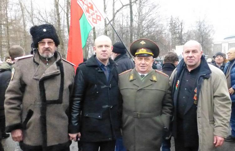 генерал В.П.Ветров с Чернобыльцами
