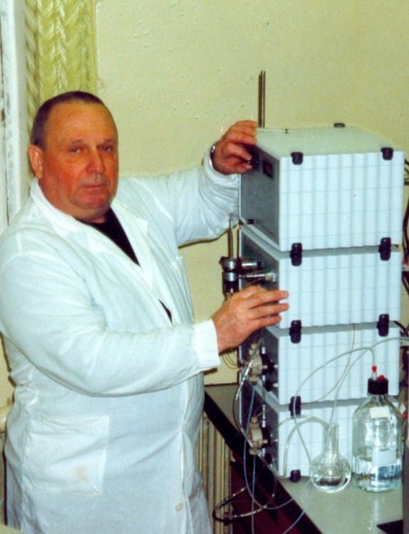 старший научный сотрудник НИЛ Р и Т ,В.П.Ветров