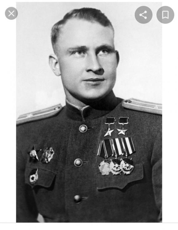генерал-майор СЕРГЕЙ ДАНИЛОВИЧ ЛУГАНСКИЙ - Дважды Герой Советского Союза