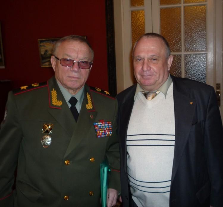 генерал армии А.С.Куликов, генерал-майор В.П. Ветров