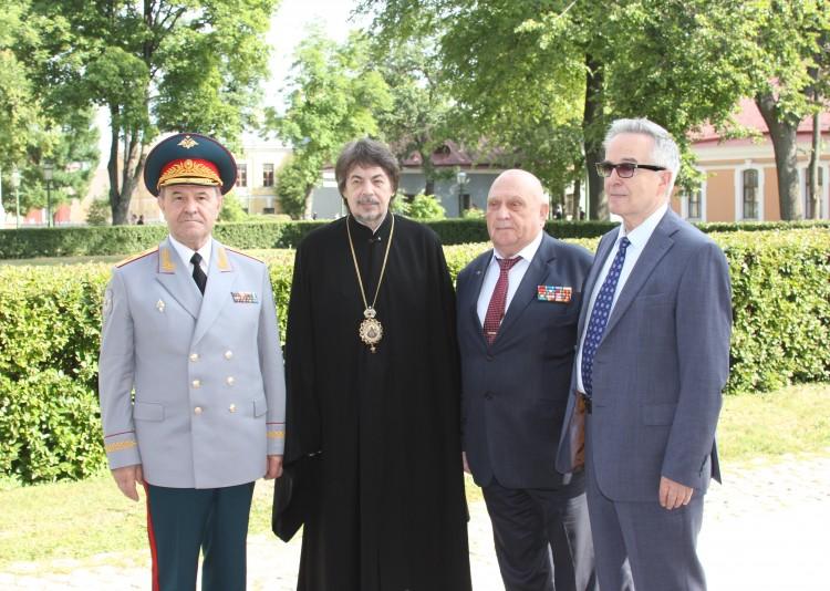с Епископом Царскосельским МАРГЕЛОМ