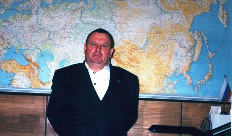 генерал-майор Ветров Виталий на аэродроме
