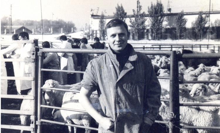 Ветеринарный врач Виталий Ветров