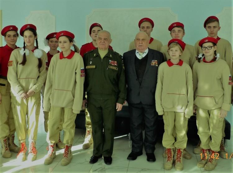 наша смена-юные армейцы