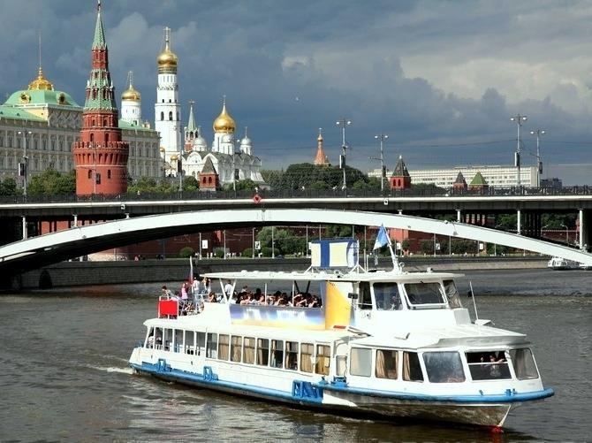Паромы в Москве на Москве-реке