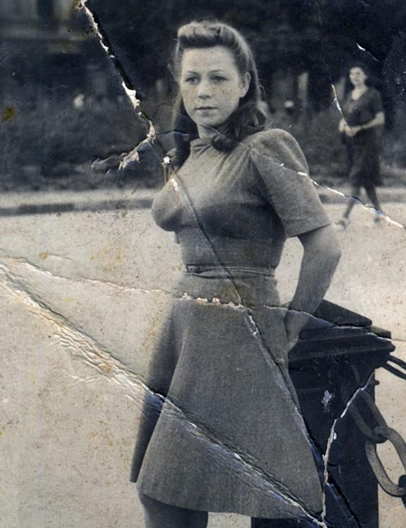 Член госкомиссии, юрист второго класса Щербакова Валентина Константиновна, 1944 год, западная украина