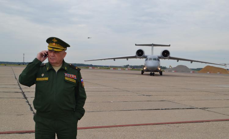 генерал-майор ветеринарной службы В.П. Ветров,