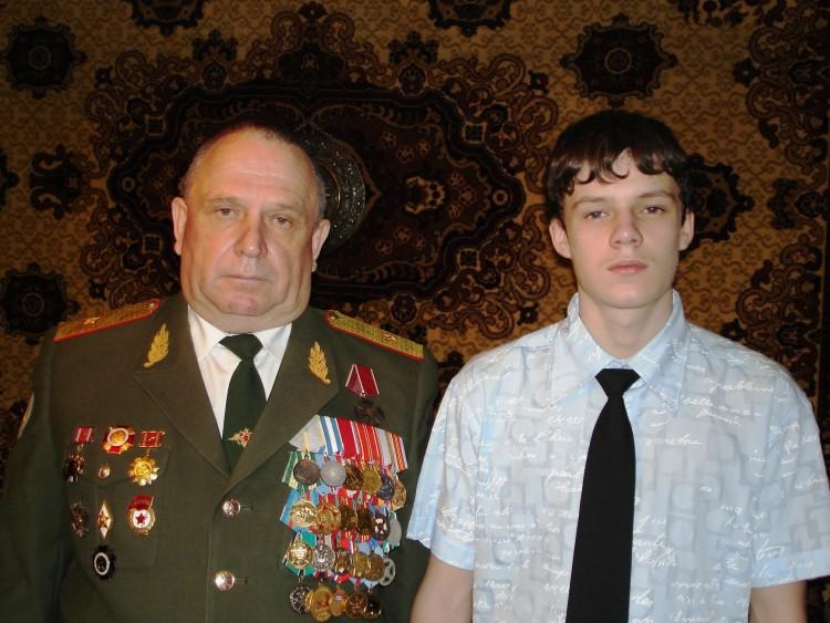генерал В.П.Ветров с внуком Алексеем