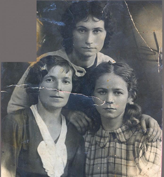 Вероника Луганская, Клавдия и Валентина Щербаковы
