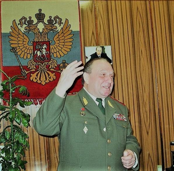 генерал Ветров выступает на кафедре ВПД в военном институте