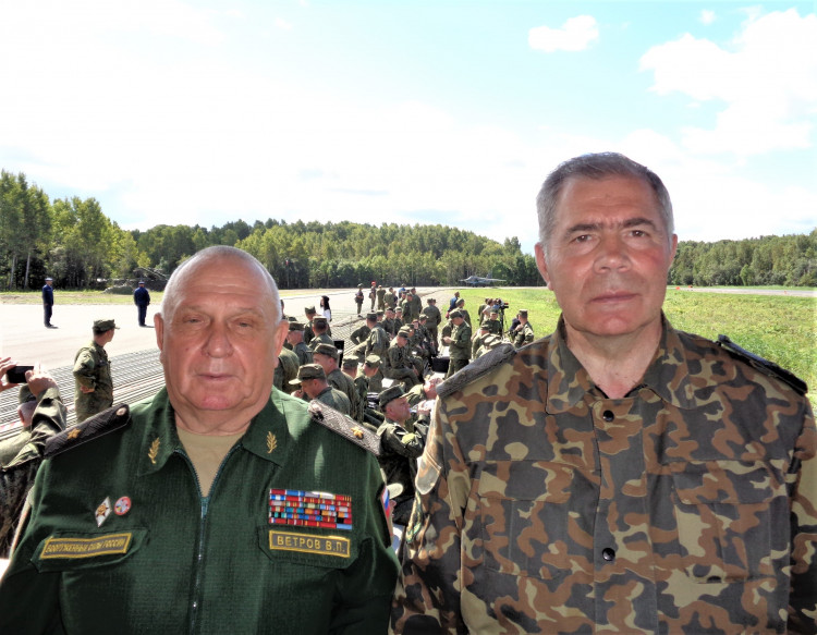 генерал-майор ветеринарной службы В.П.Ветров и генерал-лейтенант А.М.Шабанов