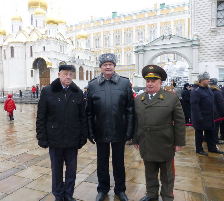 с командованием прославленного Президентского полка