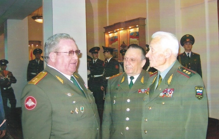 П.И.Горупай, генерал-полковник И.М.Голушко, генерал-майор В.П.Ветров