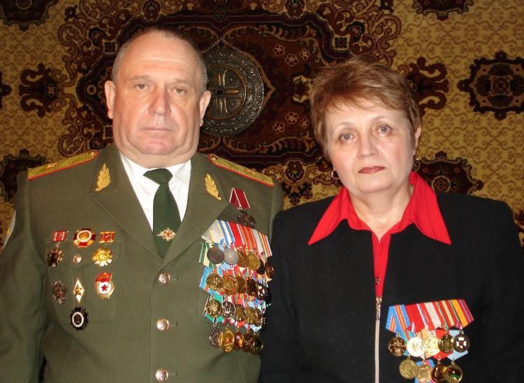 генерал-майор В.П. Ветров, и Г.В. Тарасова