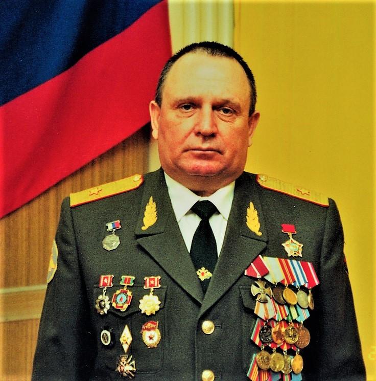 генерал-майор ветеринарной службы запаса Виталий  Петрович Ветров