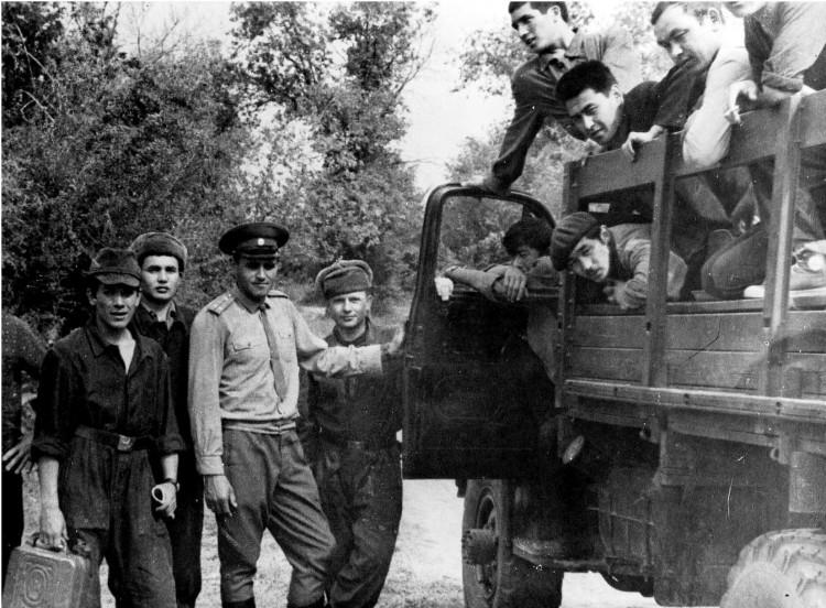 полевой выход, проводит занятие лейтенант Ф.Ф.Скидан