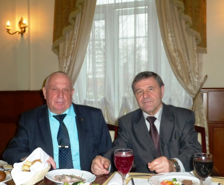 генералы В.П. Ветров и М.М.Хренов