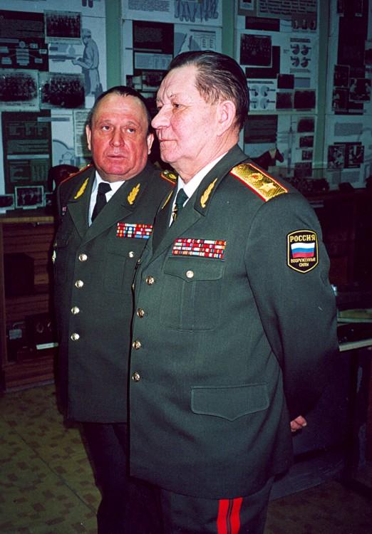 генерал-майор В.П.Ветров с Заместителем МО Советского Союза генералом армии В.М.Архиповым в ВВИ