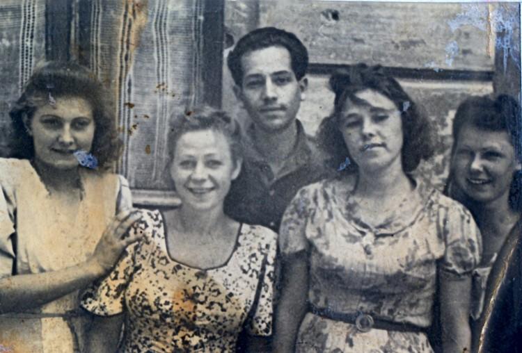валентина Щербакова в ТашГУ, Ташкент 1946г