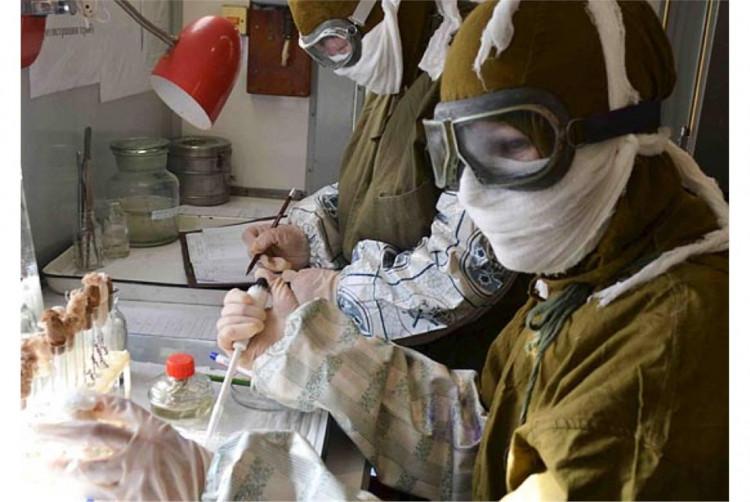 Работа военных ветеринаров Советского периода в подвижной лаборатории