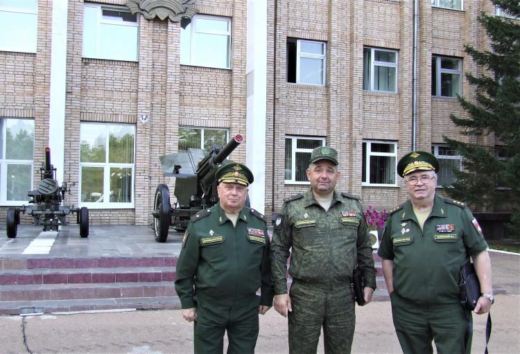 генералы; В.П.Ветров, А.А.Шевченко,В.А. Полонский