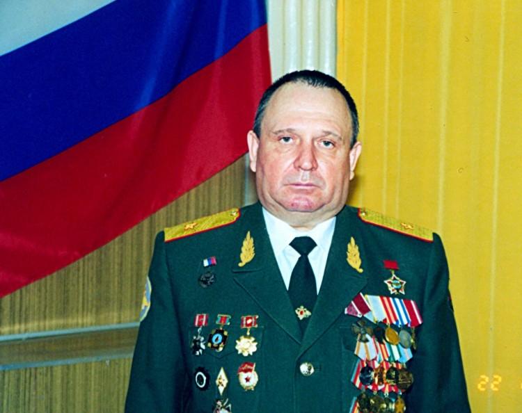 Главный ветеринарно-санитарный инспектор ВС РФ генерал-майор ветеринарной службы В.П.Ветров