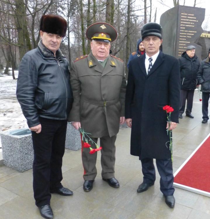 генерал В.П.Ветров с представителями Ингушетии и Карачаево-Черкессии